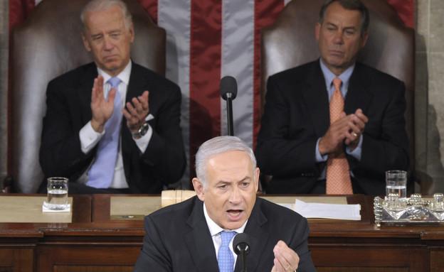 בנימין נתניהו נואם בקונגרס האמריקני, מאי 2011 (צילום: ap)