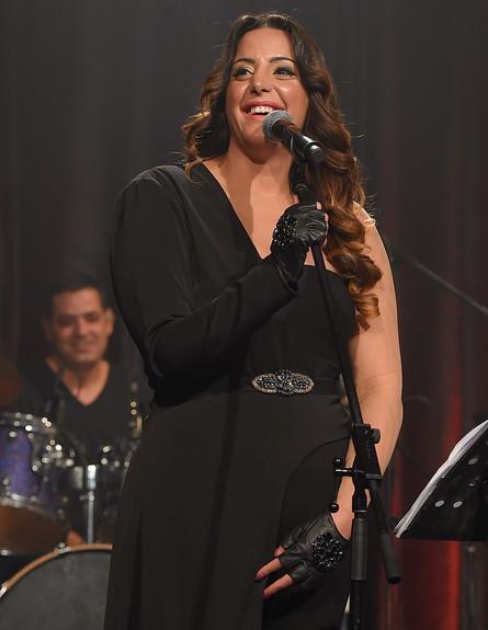 נסרין קדרי הופעה (צילום: שרון רביבו)