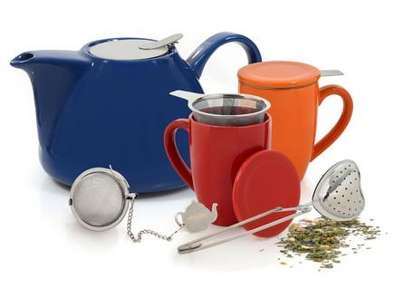 Tea for Two לחורף הכוללת קומקומים, ספלים ומסננות לתה. להשיג ברשת  (צילום:  אפרת אשל)