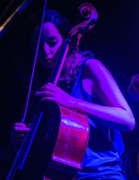 הדס קליינמן בהופעה של מוניקה סקס (צילום: ליאור רוטשטיין)