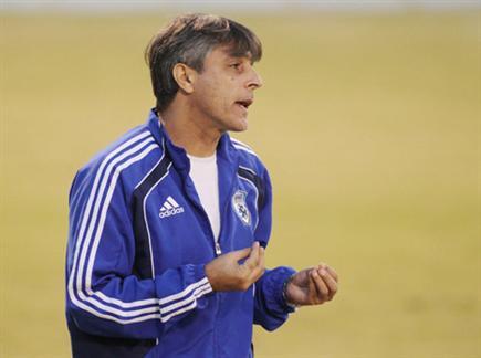 ממשיך בעבודה בנבחרת הנוער. אוחנה (אלן שיבר) (צילום: ספורט 5)