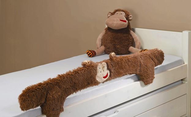 החמישייה 2.2, כיסוי נשלף למעקה, דגם קוף חייכן חום (צילום: ישראל כהן)