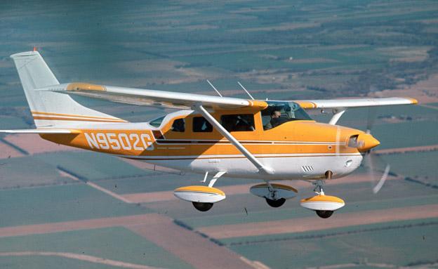 סלפי קטלני: התרסקות מטוס קל, ארכיון (צילום: AP)