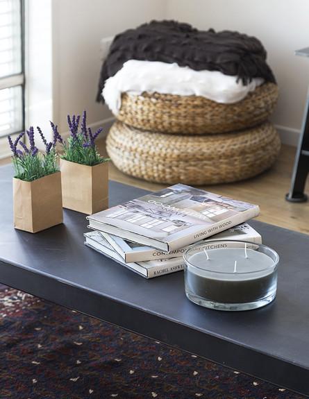 פנינית שרת, שולחן סלון גובה (צילום: שי אפשטיין)