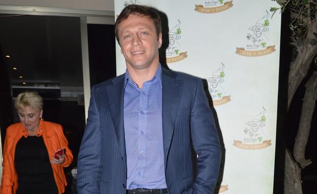 יואל רזבוזוב  (צילום:  צ'ינו )