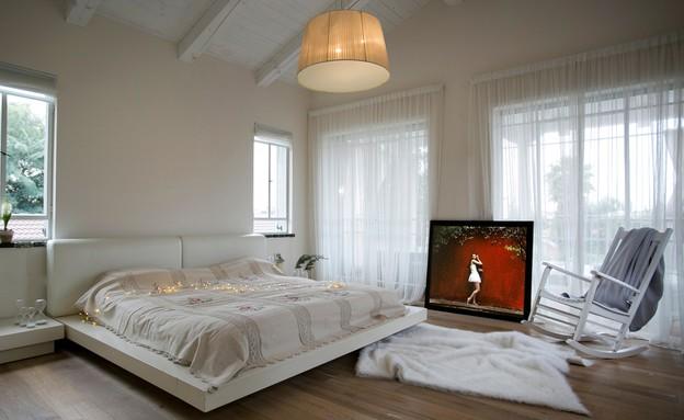 הפקת כמעט שלג, חדר שינה  (צילום: שירן כרמל)