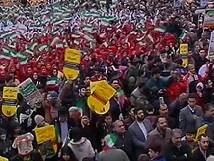 """הקהל המשולהב צעק """"מוות לישראל"""""""