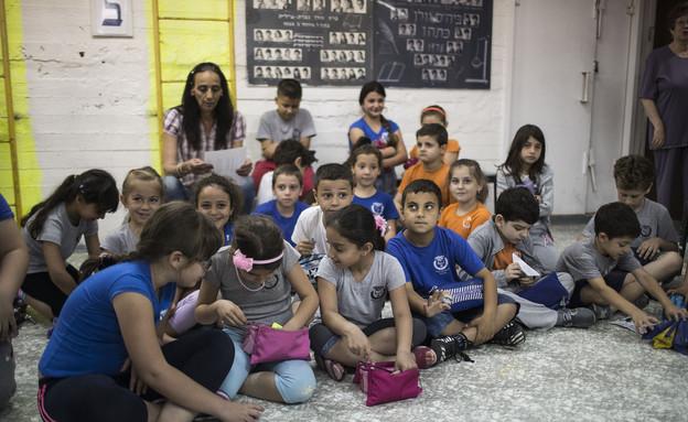 תלמידים בנצרת עלית לומדים במקלט במהלך תרגיל בטיחות (צילום: Ilia Yefimovich, GettyImages IL)
