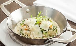 ריזוטו שורשים ופטריות (צילום: אסף אמברם, אוכל טוב)