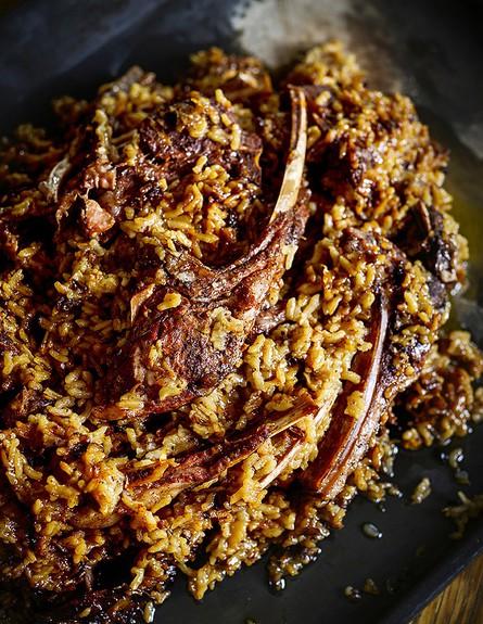 תבית צלעות כבש ואורז עגול (צילום: בן יוסטר, על השולחן)