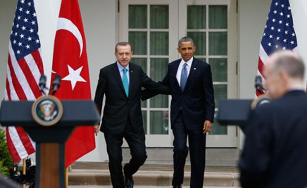 תקף את אובמה. ארדואן בבית הלבן (צילום: AP)