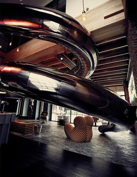 מלון עם מגלשה 3 (צילום: RedDot)
