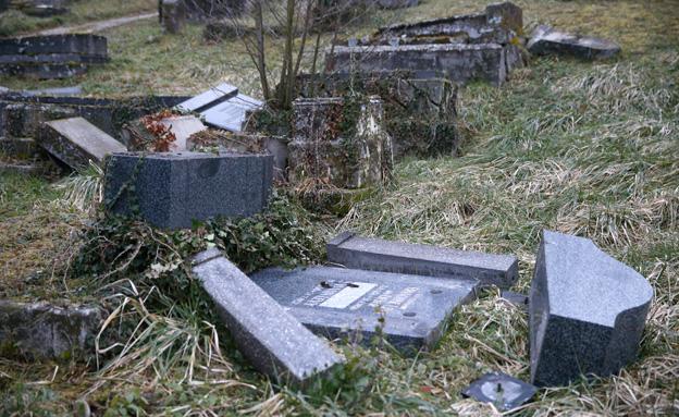 בית הקברות ההרוס בסרה אוניון (צילום: רויטרס)