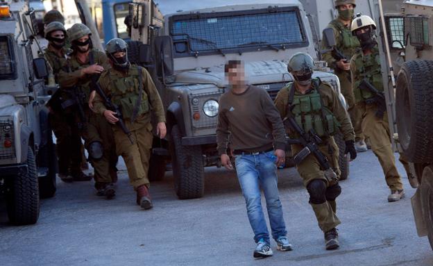 """פעילות מעצרים של צה""""ל, ארכיון (צילום: AP)"""