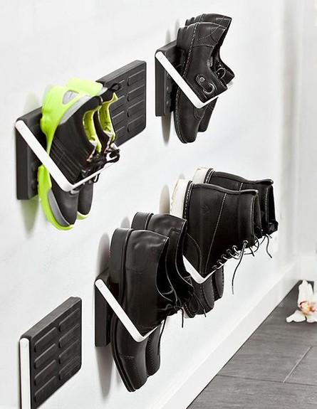 אחסון נעליים 17, משטח גומי שאינו סופג לחות ולכלוך, מחיר-228 שח (צילום: smow.com)
