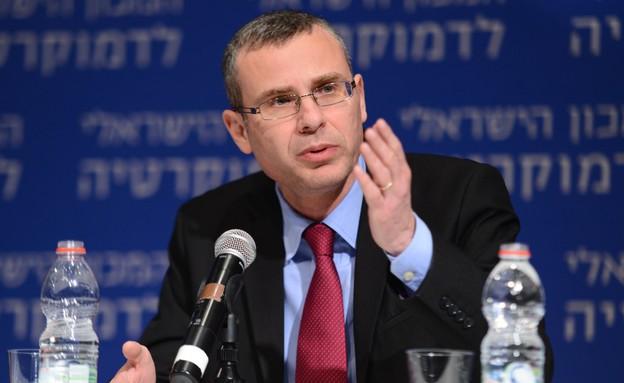 יריב לוין (צילום: דוד וינוקור,  יחסי ציבור )