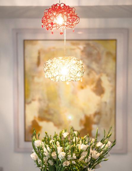הדירה של ענבר, גובה, פרחים (צילום: עידו קליר )