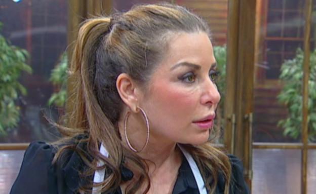 בטי מתרגשת, פנינה נלחצת (תמונת AVI: מתוך מאסטר שף VIP, שידורי קשת)