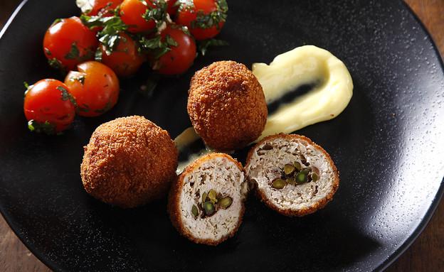 כדורי עוף מטוגנים  (צילום: אפיק גבאי, אוכל טוב)