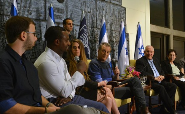 מפגש עם סרבני הצבעה בבית הנשיא (צילום: אתר נשיא המדינה)