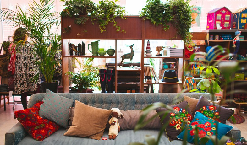 פופ אפ 01 קרן שביט, מתוך החנות בחיפה של קרן שביט (צילום: אסף רביבו)