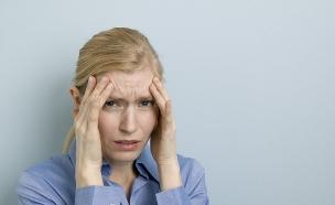 אישה סובלת ממיגרנה (צילום: jupiter images)