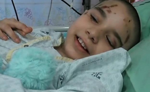 הילדה שנפגעה בפיגוע בחיפה משחזרת (צילום: חדשות 2)