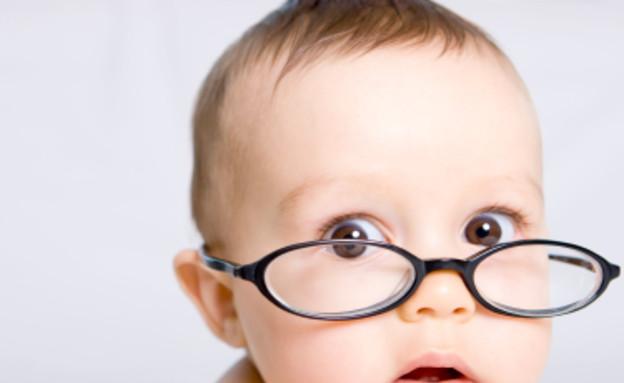 ילד עם משקפיים (צילום: Rui Frias, Istock)