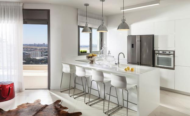 דדי ויפית ראובני 04, המטבח. עיצוב נקי ומינימליסטי  (צילום: אלעד גונן)