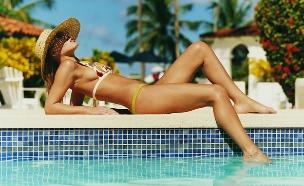 נופשת בבריכה 1 (צילום: אימג'בנק / Thinkstock)