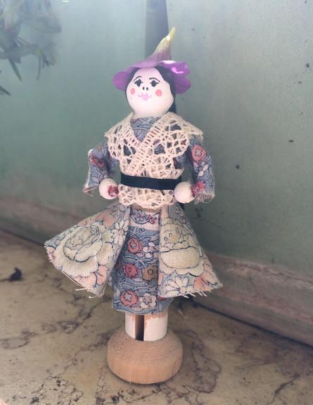 מתנות לפסח, אפרת יפה, ערכת יצירה להכנת הבובה ג'נסינה, utz.co.il