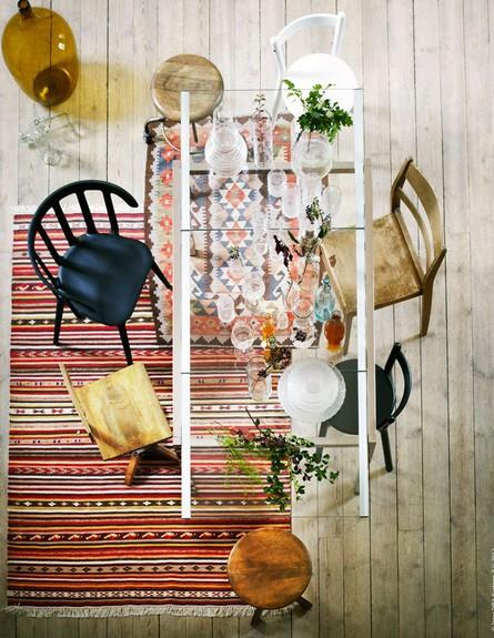 פינות אוכל, כיסאות בצבע ובצורה משתנים (צילום: _From_Scandinavia_with_Love)