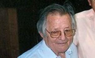 שמוליק רוזן ושמואל חביבי (ממשתתפי החידונים), 2011 (צילום: שמואל חביבי, ויקיפדיה)