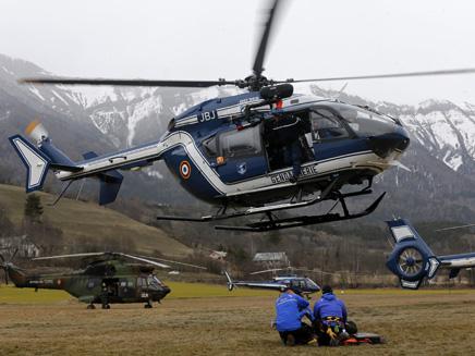 מבצע החילוץ נמשך (צילום: רויטרס)