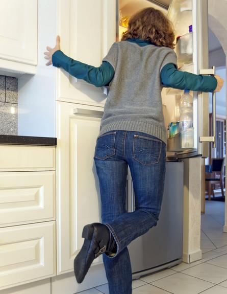 מנהגי אירוח, תרגישו חופשי לפתוח את המקרר (צילום: Thinkstock)