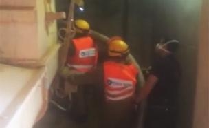 פעולות החילוץ, היום (צילום: כבאות ירושלים)