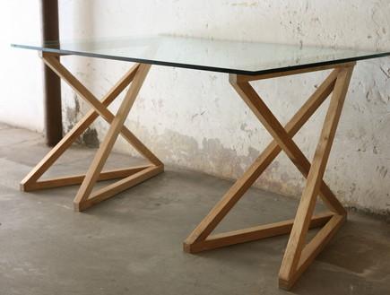 חנויות און ליין ישראליות 03, רגלי שולחן בעלות מבנה תלת מימדי מיוחד (צילום: חפצים)