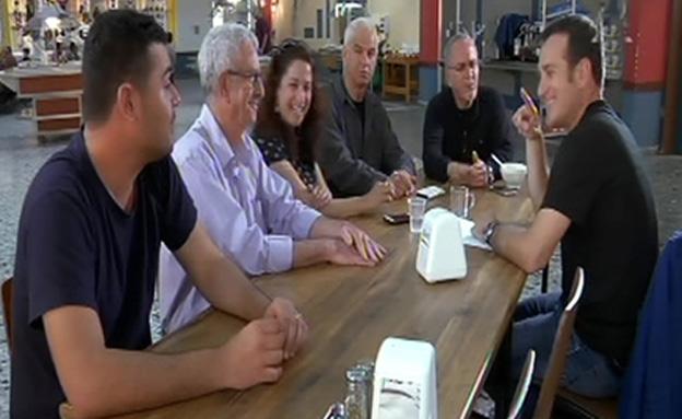 דני קושמרו יצא למסע בין המדינות שבתוך ישראל (צילום: חדשות 2)