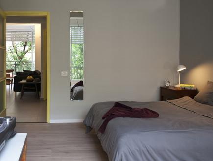 חדרי שינה 07, ריצוף שונה בחדר השינה לשינוי אווירה