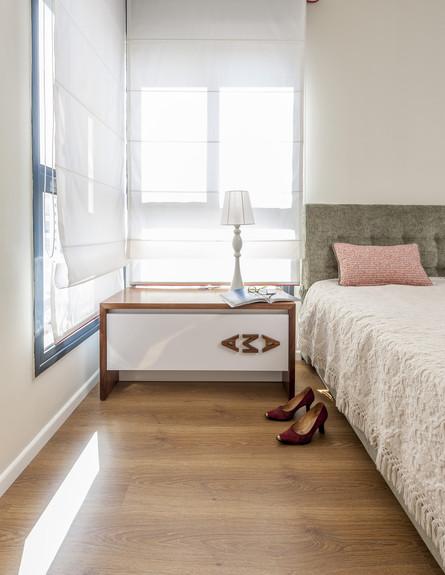 חדרי שינה 01, לוגו שנוצר משילוב שמות במני הזוג שולב כידית השידה
