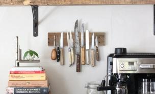 עשה זאת בעצמך למטבח , מעמד סכינים ממשטח עץ ומגנטים (צילום: Mary _ Tim Vidra, ehow.com)