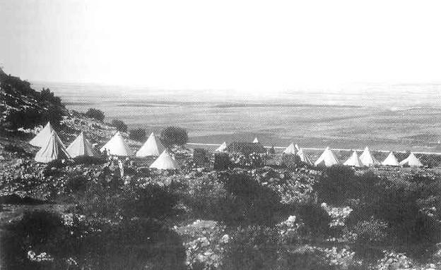 עליות למגזין - The camp of gdud Shomeria