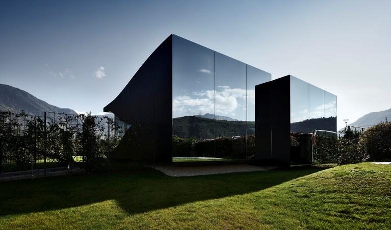 בתי המראה 03, נוף מדהים ב-360 מעלות (צילום: Oskar Da Riz, Nicolò De)