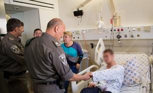 צפו בלוחם משחזר את הפיגוע בחברון (צילום: חטיבת דובר המשטרה)