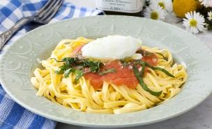 פסטה טליאטלה ברוטב עגבניות טריות ומסקרפונה (צילום: אסף אמברם, אוכל טוב)