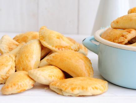 סמבוסק גבינות (צילום: שרית נובק - מיס פטל, אוכל טוב)