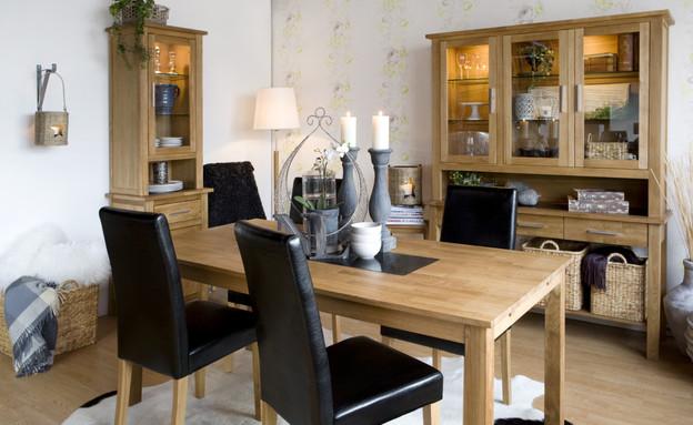 החמישייה 5.5, שולחן עם גרניט (צילום: new line sweeden)