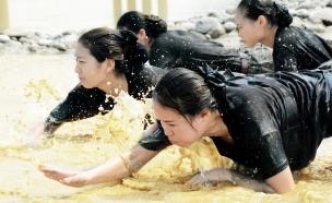 דיילות סיניות 2 (צילום: ecns.cn)