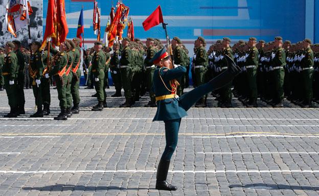המצעד במוסקבה, היום (צילום: רויטרס)