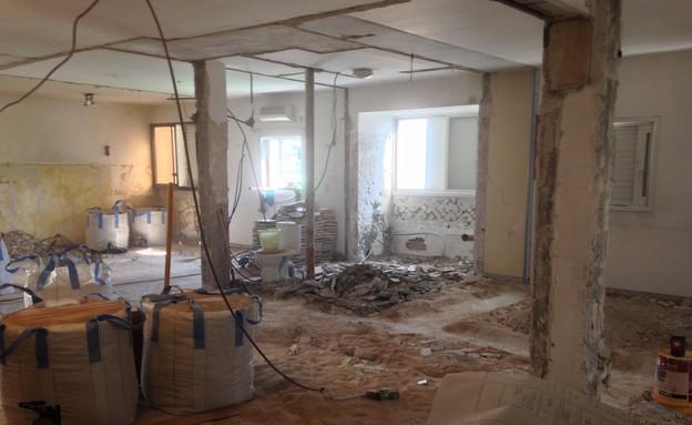 ליאת עברון, חלל הדירה, מבט לכיוון חדר השינה